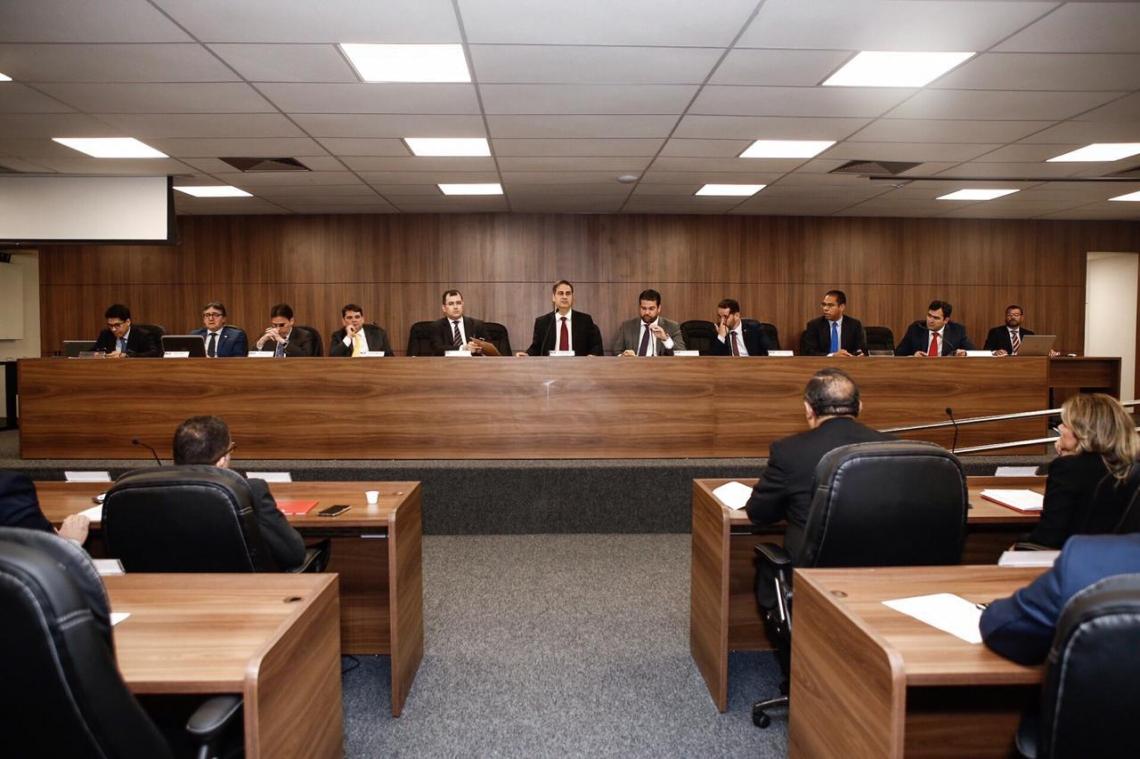 Em sessão extraordinária, o Conselho da OAB-CE aprovou por unanimidade o ingresso da ordem contra a revisão tarifária da Cagece