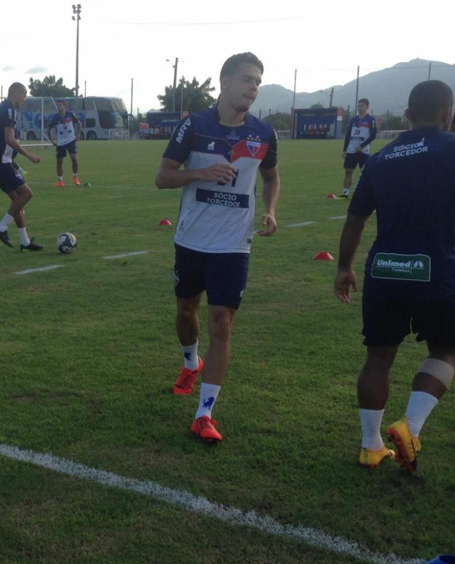 Araruna realiza primeiro treinamento com o elenco do Fortaleza. Foto: Miguel Júnior/Rádio O POVO CBN.