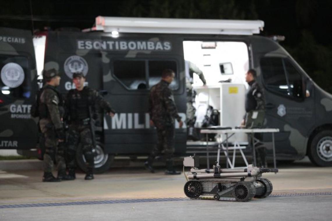 Esquadrão antibombas foi chamado para o terminal de Messejana