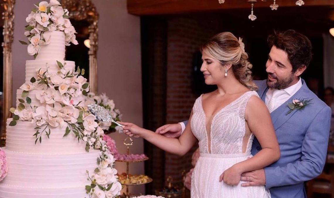 Sandro Pedroso e Jéssica Costa se casam 10 dias após pedido. (Foto: Reprodução/Instagram)