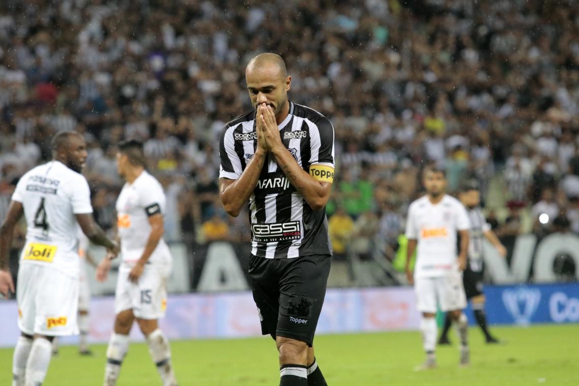 Ceara Perde Para O Corinthians Em Casa E Se Complica Na Copa Do Brasil Ceara Sporting Club Times Esportes O Povo