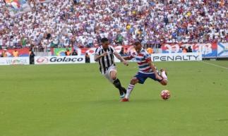 FORTALEZA, CE, BRASIL, 10-03-2019: Fortaleza x Ceará, campeonato cearense 2019. Estádio Castelão. (Foto: Júlio Caesar/O POVO)