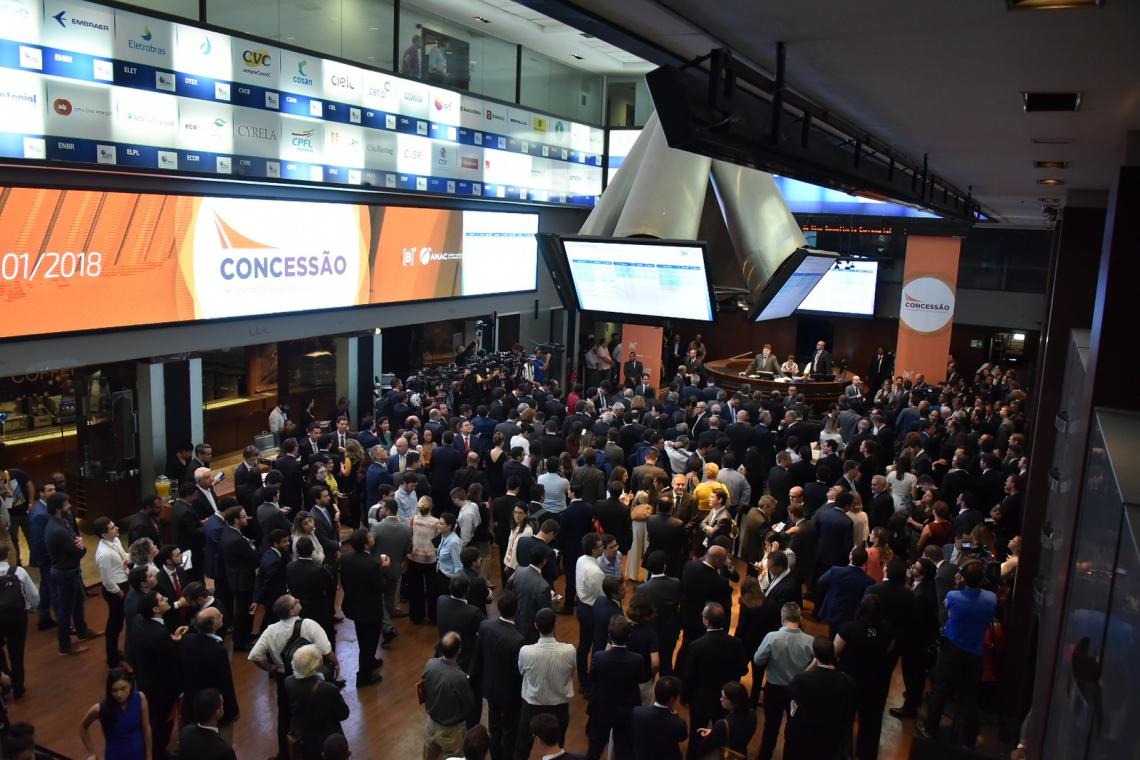 LEILÃO de concessão de 12 aeroportos na sede da B3, ontem, em São Paulo
