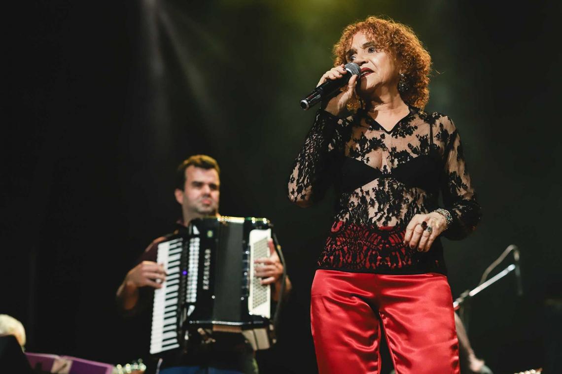 A cantora Téti fará show solo nesta sexta-feira, em um formato bem intimista. Foto: Divulgação