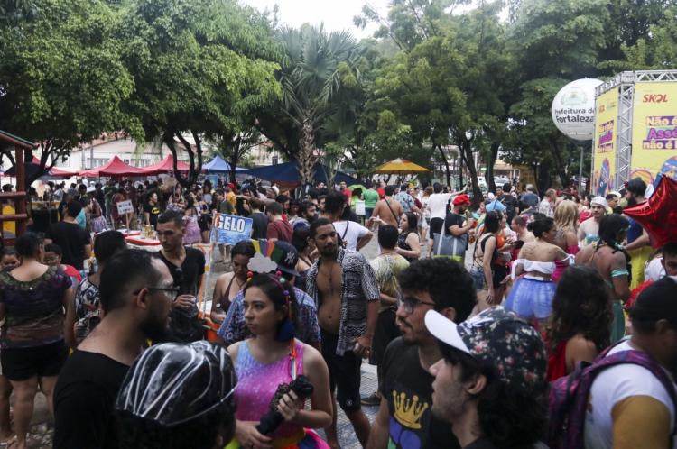 Carnaval na praça da Gentilândia