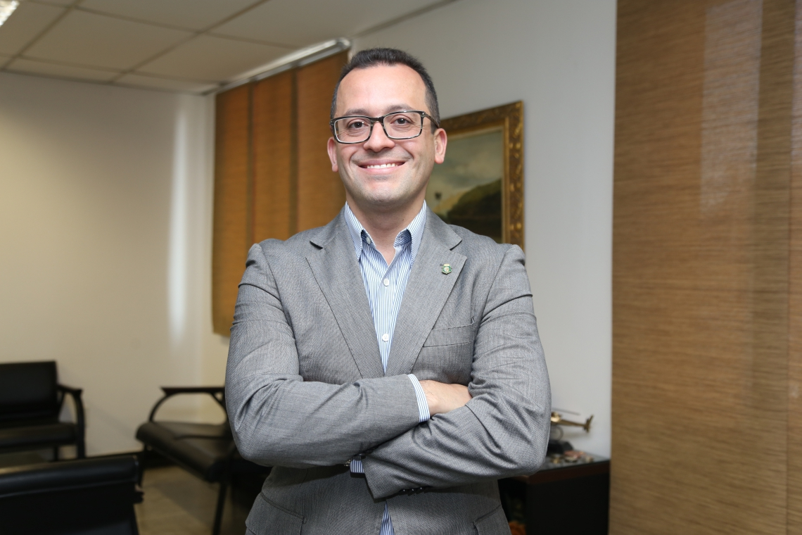 FORTALEZA,CE,BRASIL, 02-10-2017: André Costa, Secretário de segurança, entrevida para páginas azuis. (Mariana Parente/ Especial para O POVO)