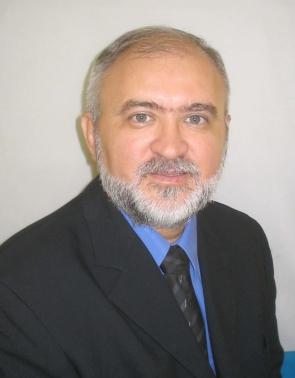 Casemiro de Medeiros Campos Doutor em Educação, professor e pesquisador