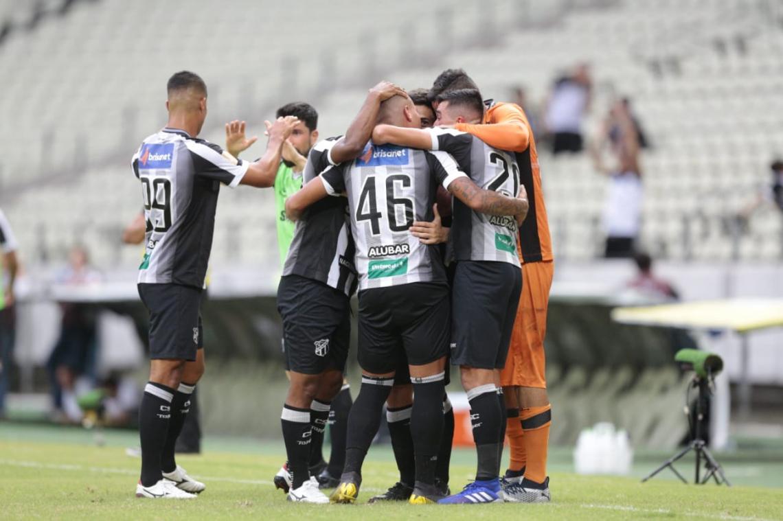 Ricardo Bueno e Thiago Carleto fizeram os gols do jogo