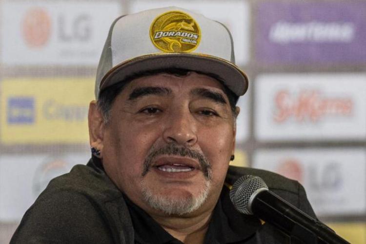 Maradona sofreu a parada cardiorrespiratória e morreu por volta de meio-dia desta quarta (Foto: Pedro Pardo / AFP)