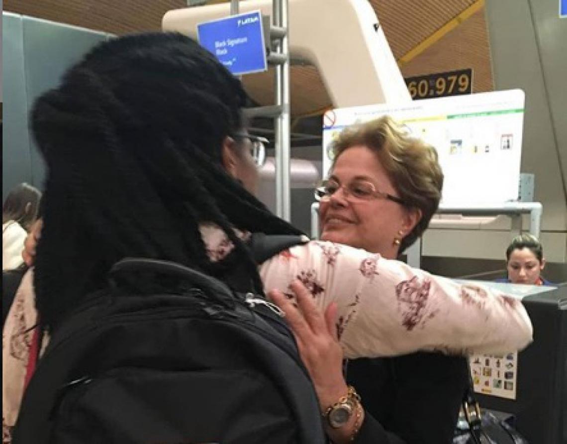 Djamila Ribeiro defendeu Dilma Rousseff