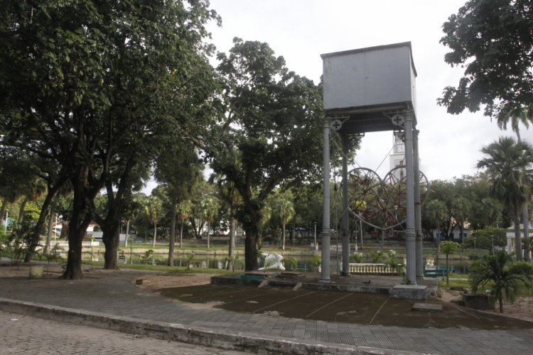 Parque das Crianças passa por reforma  (Foto: Evilázio Bezerra)