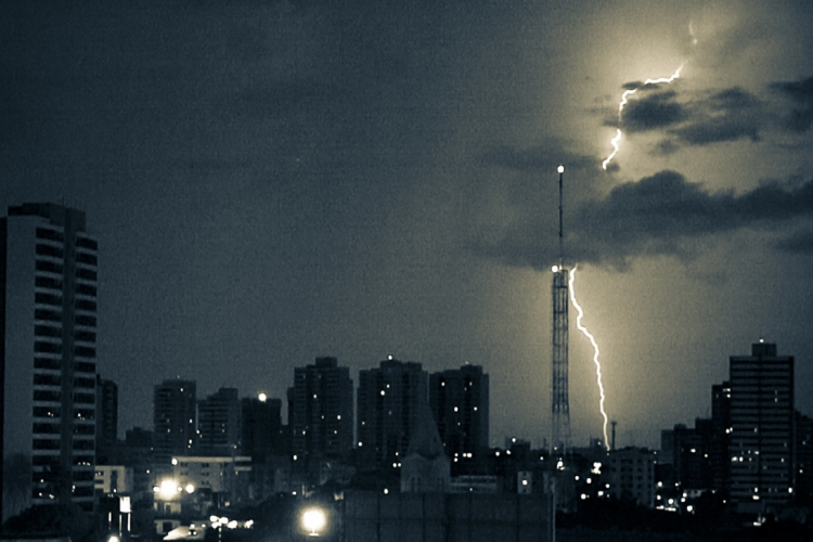 No Ceará, esses eventos adversos são mais comuns nos meses de maior concentração de chuvas, de dezembro a maio.  (Foto: Fco Fontenele)