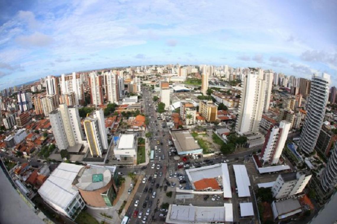 Os bairros mais caros de Fortaleza foram Meireles (R$ 7.239,00), Mucuripe (R$ 6.923,00) e Aldeota (R$ 6.727,00).