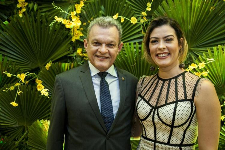 Dr. José Sarto Nogueira e Natália Herculano na Festa da Indústria, promovida pela Fiec, no La Maison Buffet (Foto: tapis rouge)