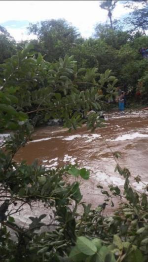 O acidente ocorreu na divisa do município de Carnaubal com a cidade de Domingos Mourão, na madrugada desta terça-feira, 2.
