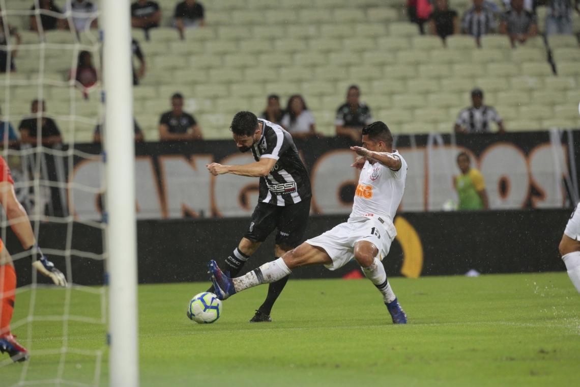 Primeiro confronto entre Ceará e Corinthians