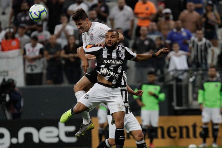 Último confronto em Itaquera foi válido pela Copa do Brasil  (Foto: Peter Leone/AE)