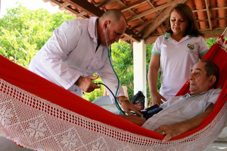 PROGRAMA Mais Médicos abriu 443 vagas no Ceará após saída de cubanos como Isidro Rosales Castro, que atuava em Reriutaba