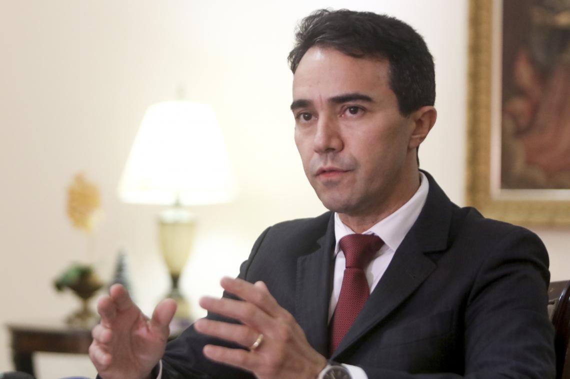 PLÁCIDO RIOS  nomeou uma comissão  para acompanhar as investigações