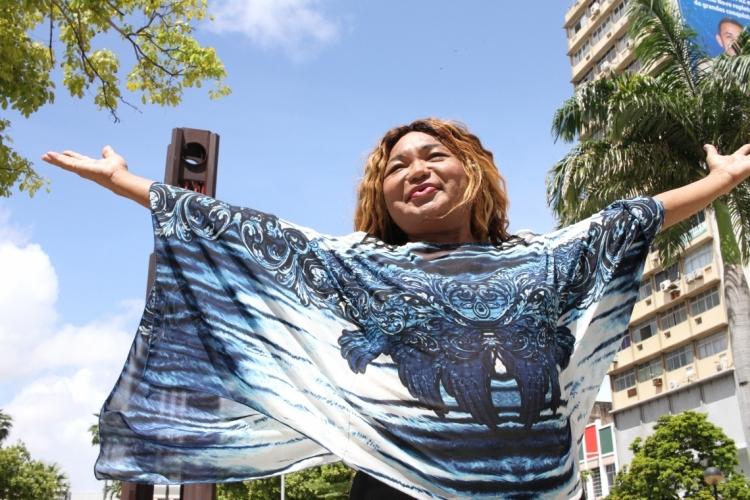 FORTALEZA, CE, BRASIL, 08-04-2019:Aniversario de Fortaleza, personagem Thiana Rodrigues, presidente da Associação das travestis do Ceará.   (Foto: Fabio Lima/O POVO) (Foto: FÁBIO LIMA)