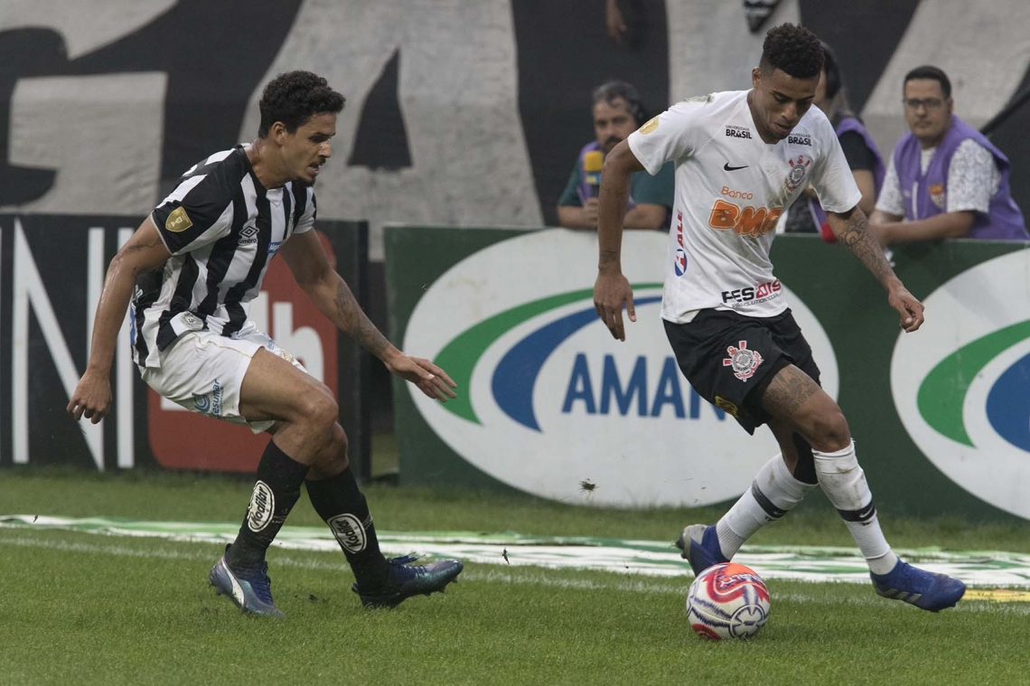 Corinthians, de Gustagol, está classificado para a final do Paulista.
