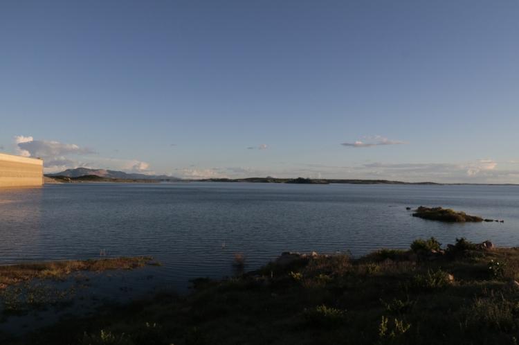O açude Castanhão é o maior e mais importante reservatório do Ceará