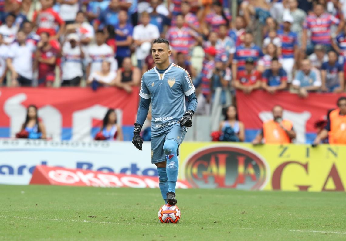 Felipe Alves disputou o primeiro Clássico-Rei com a camisa do Fortaleza no primeiro jogo da final do Estadual e fez boa partida, além de não sofrer gols