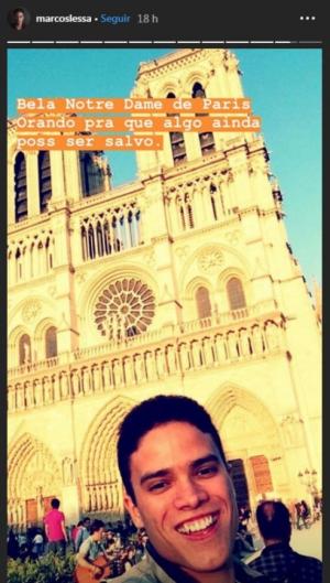Marcos Lessa publicou foto em Paris