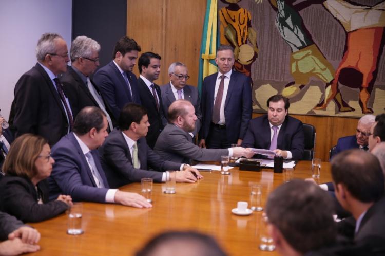 Rodrigo Maia, presidente da Câmara, durante encontro com parlamentares do Nordeste