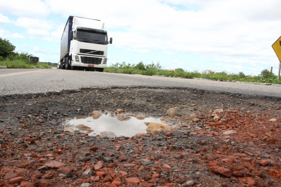 PESQUISA do Departamento Estadual de Rodovias apontou trechos que necessitam de reparo