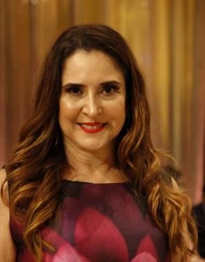 Carla Paes de Andrade