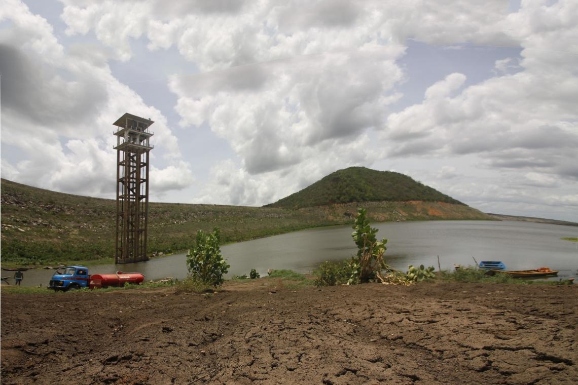 Açude Banabuiú seco em 2018