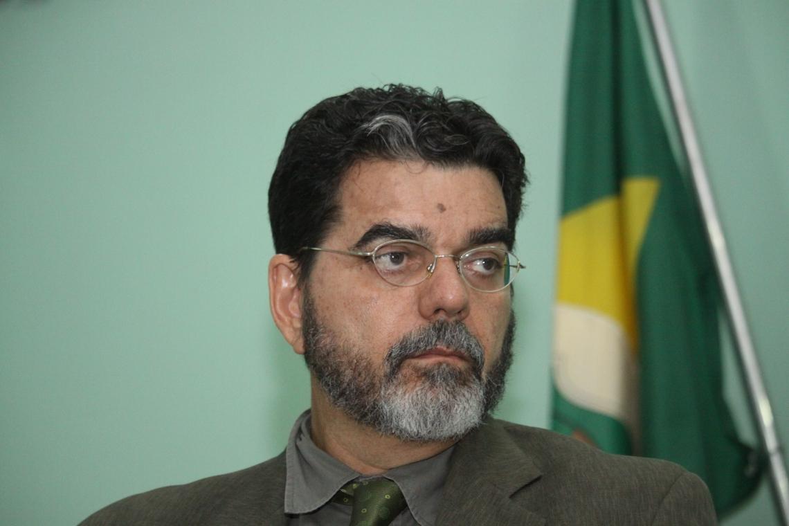 João Alfredo Telles Melo Advogado, professor de Direito Ambiental e presidente da comissão de Direito Ambiental da OAB-CE