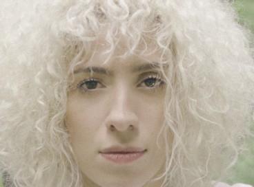 Cearense radicada em São Paulo, Soledad é cantora, poeta e pesquisadora. A artista tem dois discos lançados