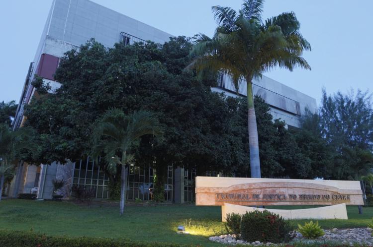 FORTALEZA, CE, BRASIL, 12-03-2014: Fachada do prédio do Tribunal de Justiça, Palácio da Justiça (TJCE). (Foto: Fco Fontenele/O POVO)