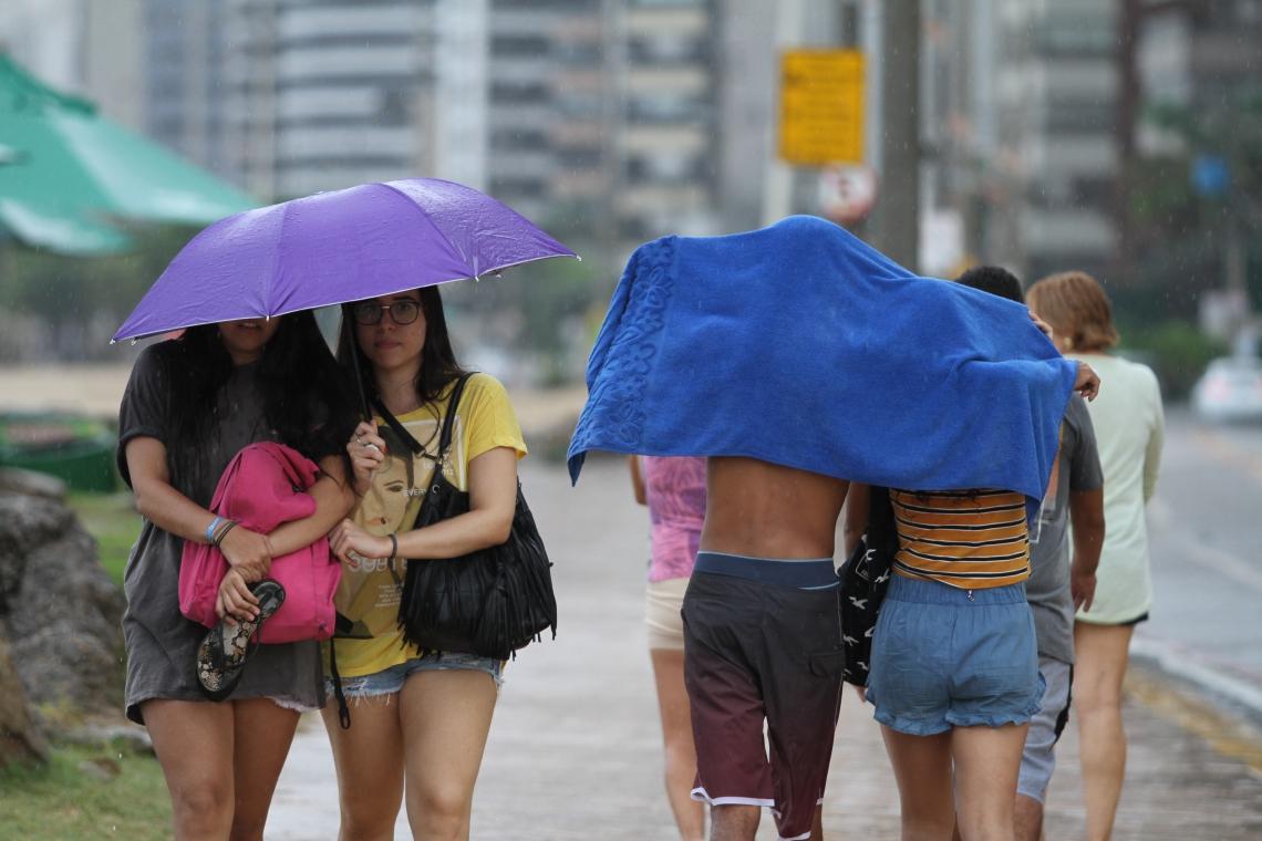Chuvas em abril trouxeram certo alívio hídrico, mas também causaram problemas