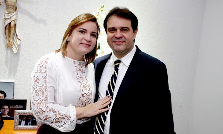 Evandro Leitão e Cristiane