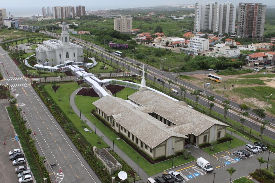 Imagem mostra a extensão do templo