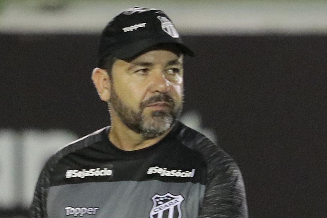 Enderson Moreira chegou ao Ceará a poucos dias da estreia do time no Brasileirão