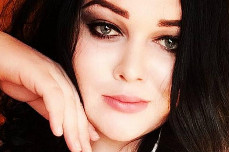 Nina Surgutskaya havia feito cirurgia de redesignação sexual, o que não