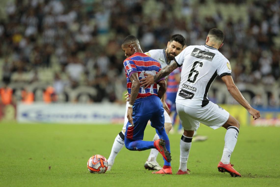 Alvinegro e Tricolor estreiam neste domingo no Brasileirão
