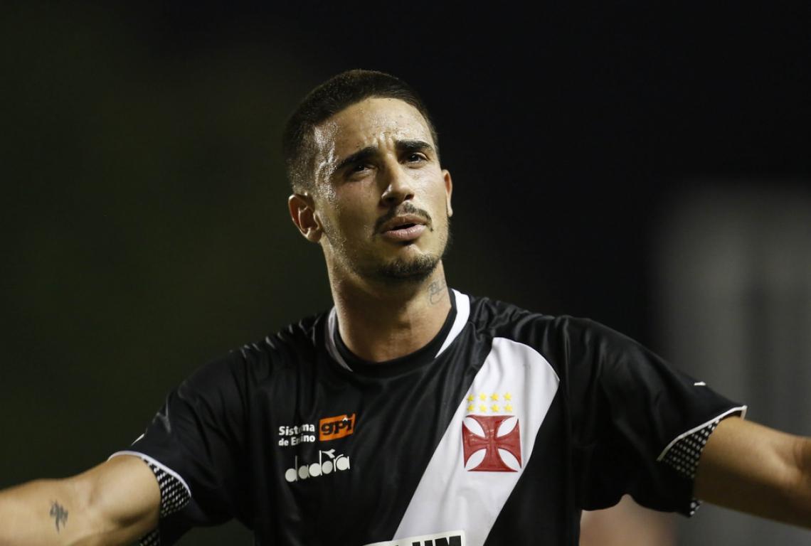 Thiago Galhardo estava no Vasco, mas já rescindiu contrato com o time carioca