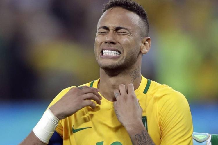 NEYMAR virou o centro das atrações, negativamente, a uma semana da Copa América no Brasil
