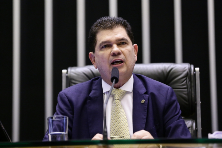 Mauro Filho reassume, mais uma vez, mandato de deputado federal (Foto: AGÊNCIA CÂMARA)