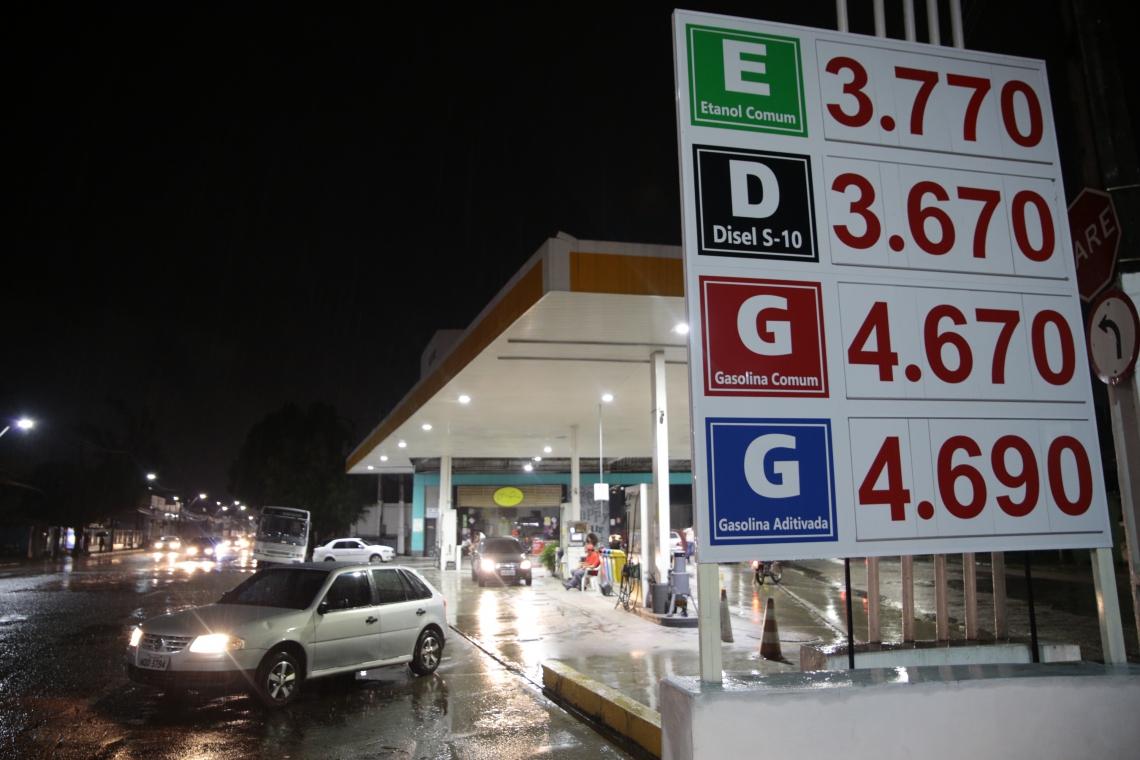 Funcionários de alguns dos estabelecimentos visitados disseram à reportagem que os preços ainda devem sofrer alterações na próxima semana.