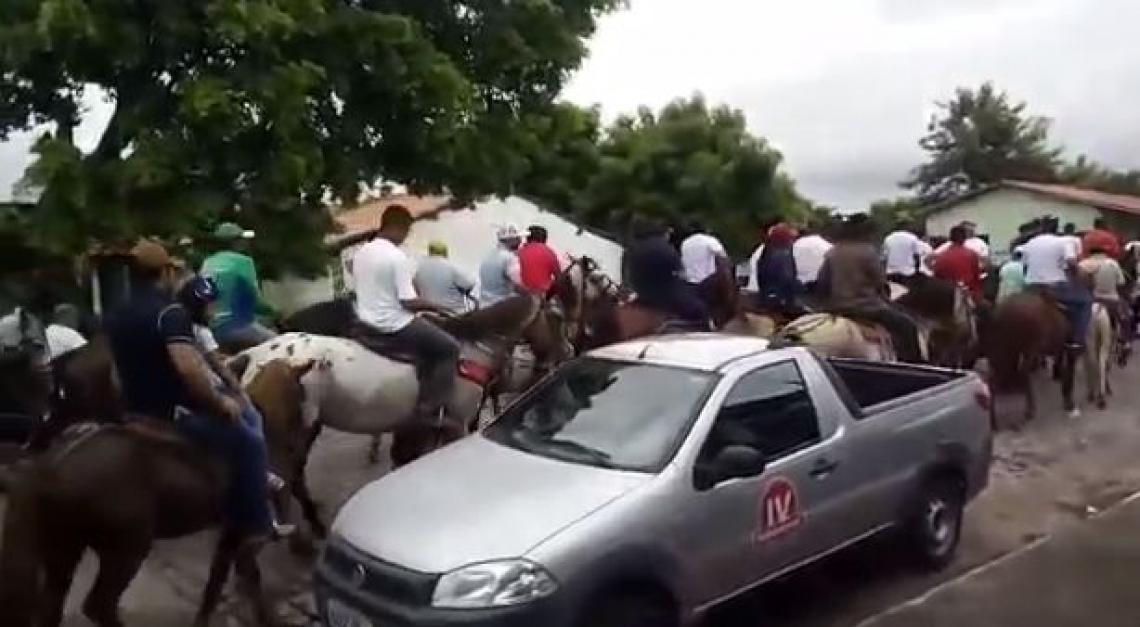 Cortejo seguiu pela cidade de Itapipoca