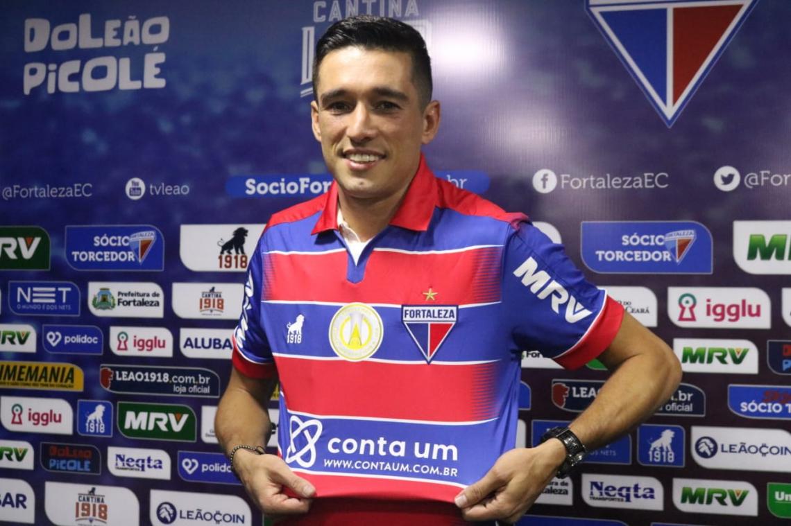 Juninho chegou ao clube no final do mês de abril e hoje é titular absoluto da equipe.