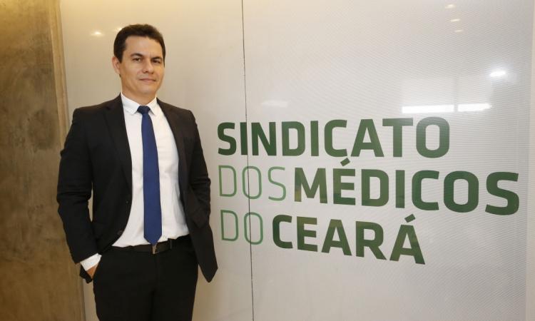 Edmar Fernandes Presidente do Sindicato dos Médicos do Ceará