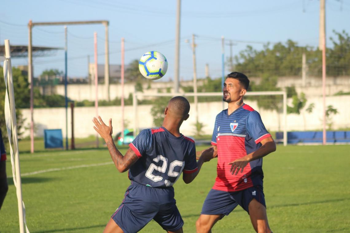 Kieza treinou ao longo da semana, mas não poderá seguir viagem com o time, para o Rio de Janeiro.