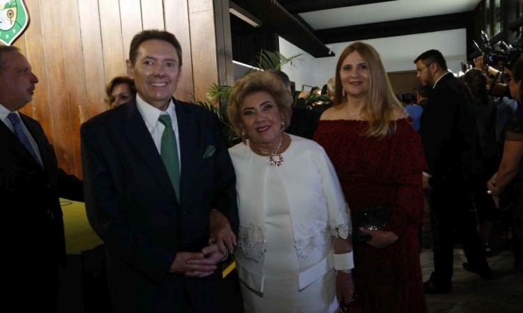 Ivens Junior, Consuelo Dias Branco e Morgana Dias Branco
